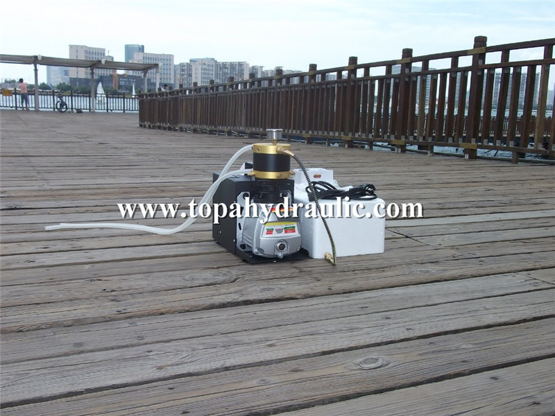 Small air pump 7 bar fx electric compressor Featured Image