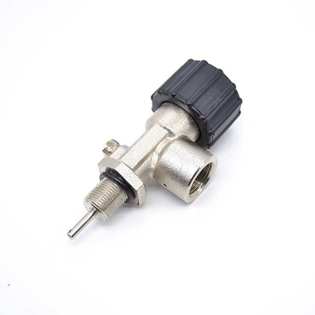 right hand scuba valve